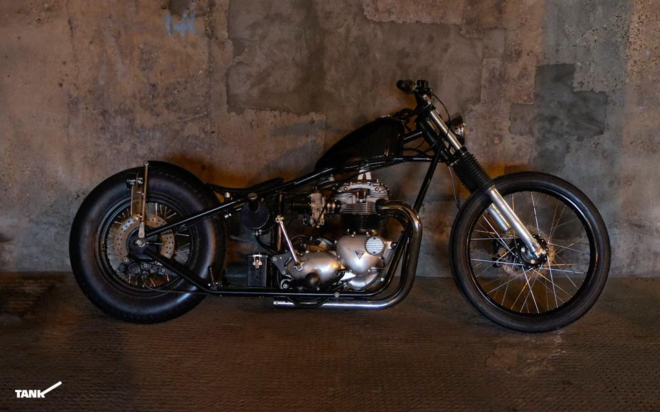 Triumph_T140_Bobber-large